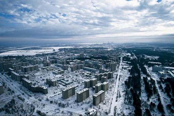 Покинутый Чернобыль с высоты птичьего полета (видео)