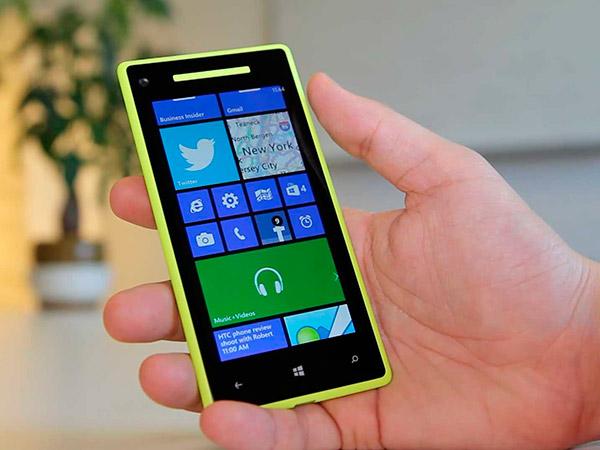 Microsoft обновит смартфоны Lumia на WP8 до Windows 10