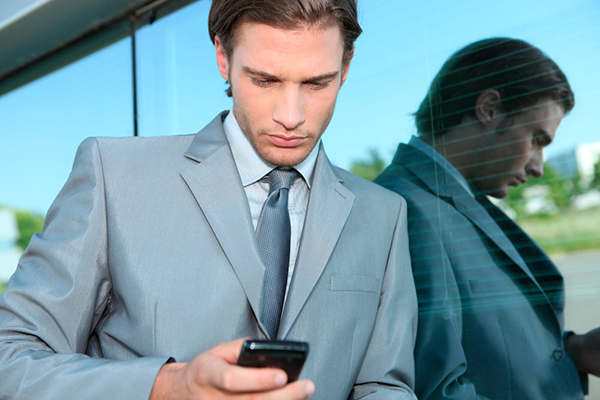 Businessman-with-smartphone2