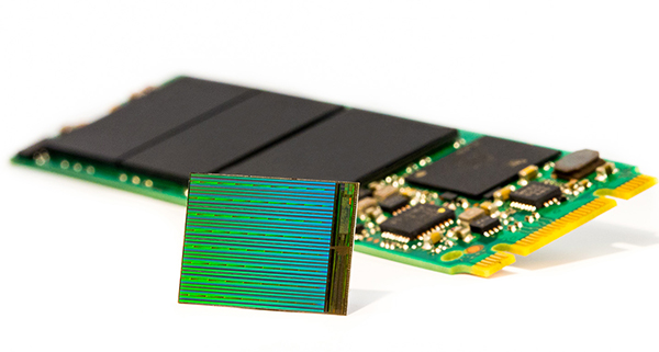 3D-NAND-Die-with-M2-SSD