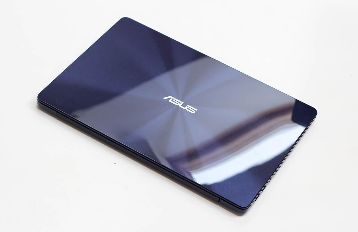 ASUS ZenBook UX530 - общий вид