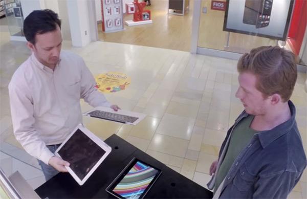 Lenovo уничтожает MacBook Air в своем рекламном ролике