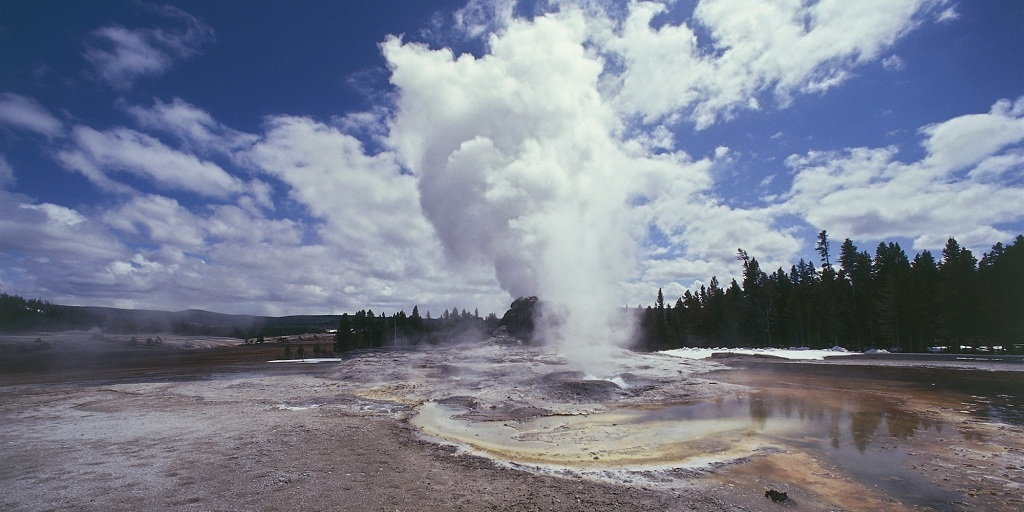 USA, Wyoming, Yellowstone National Park (UNESCO World Heritage List, 1976). Region of geysers, Castle Geyser