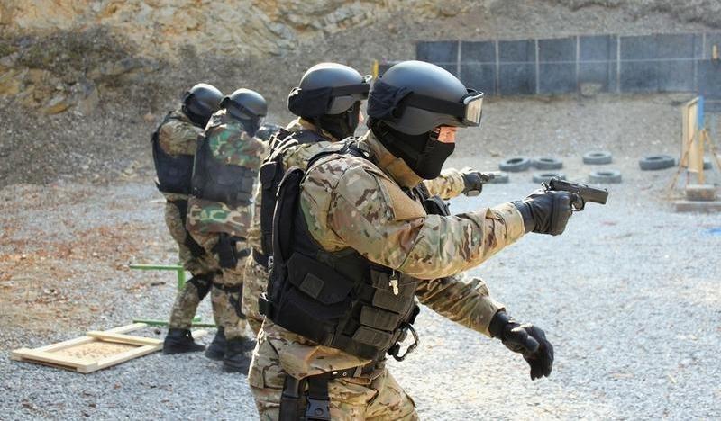 """Российский спецназ вооружат новейшими самозарядными пистолетами """"Грач"""""""