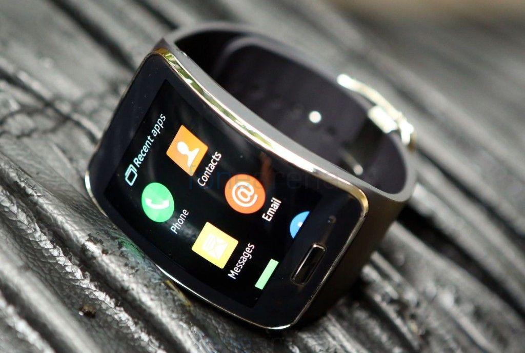 Samsung-Gear-S_fonearena-0211