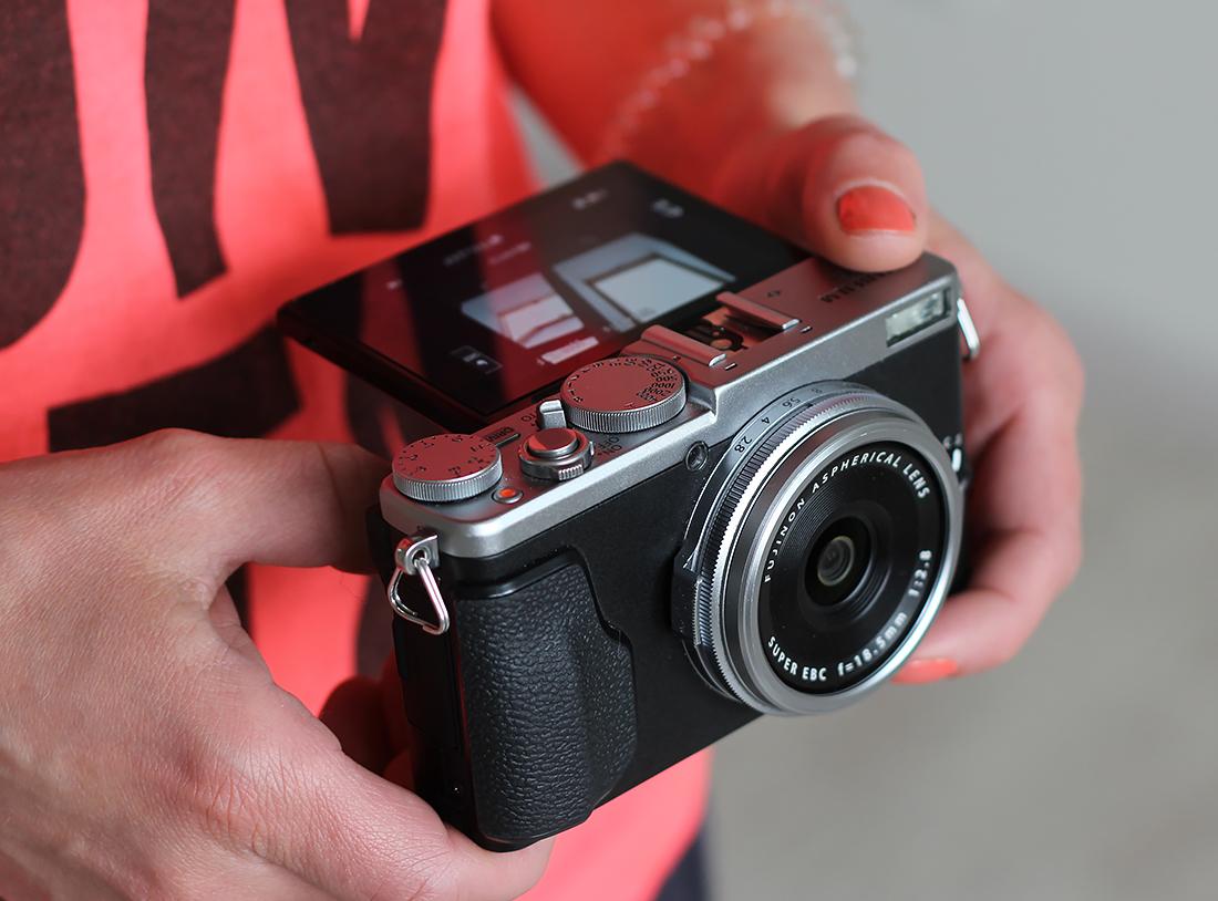 Fujifilm_x70_8