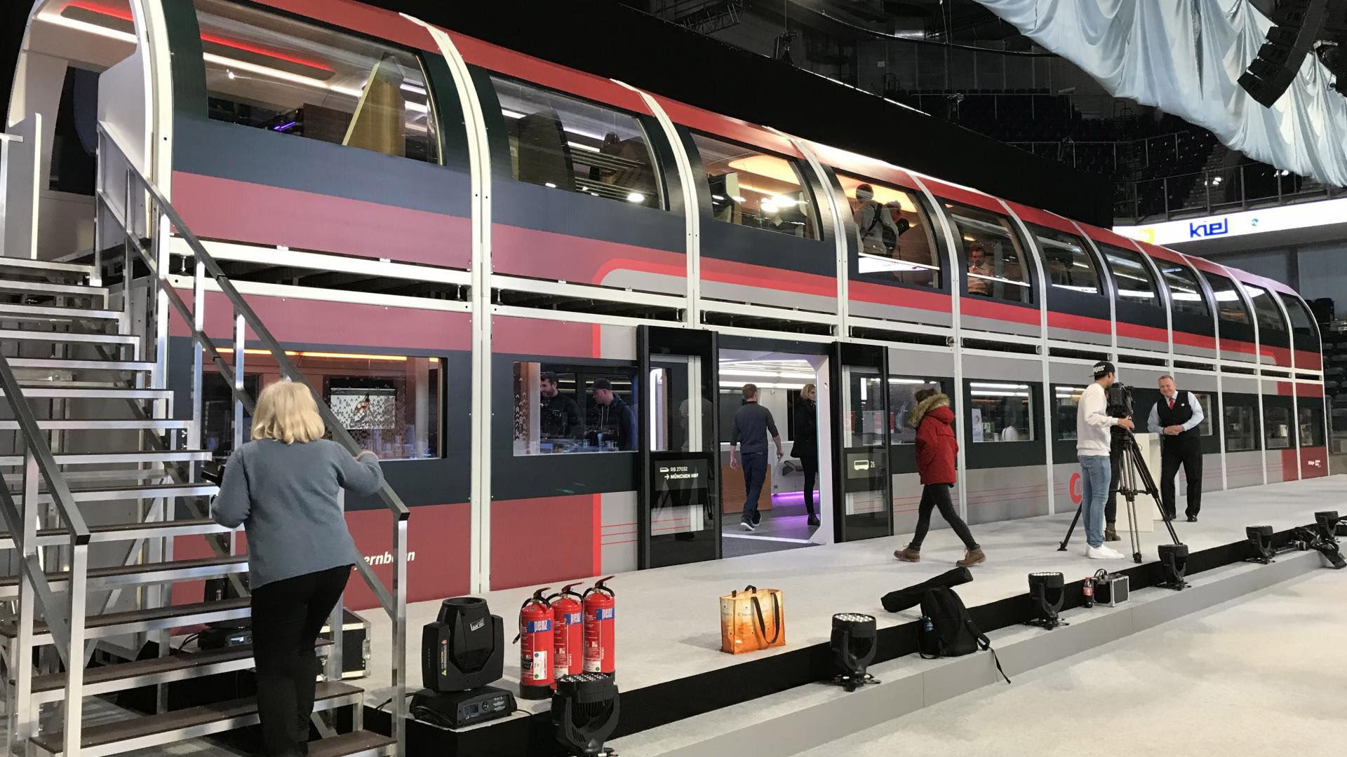 В Германии представили поезд будущего (ФОТО + ВИДЕО)